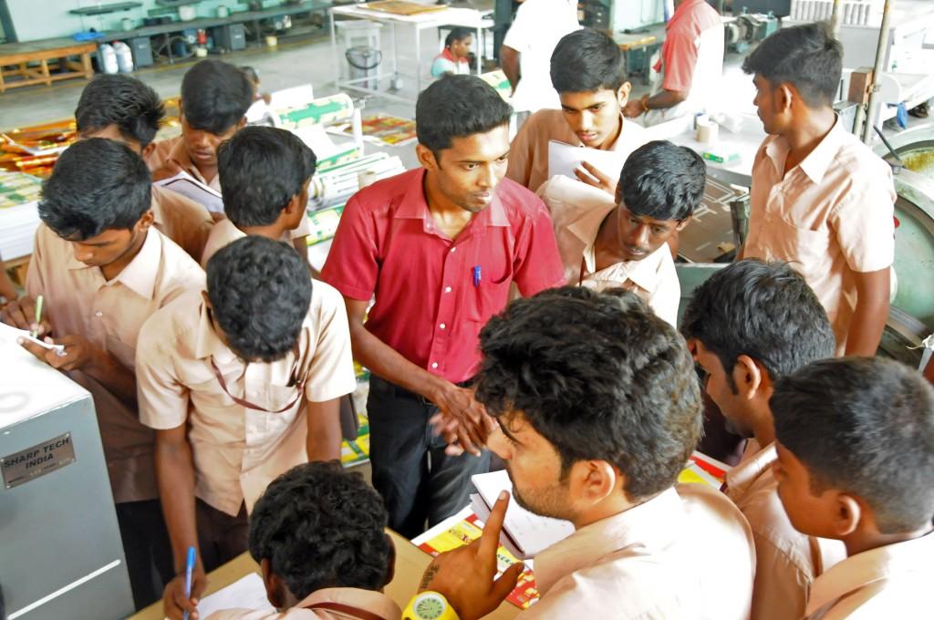 students2-1024x680