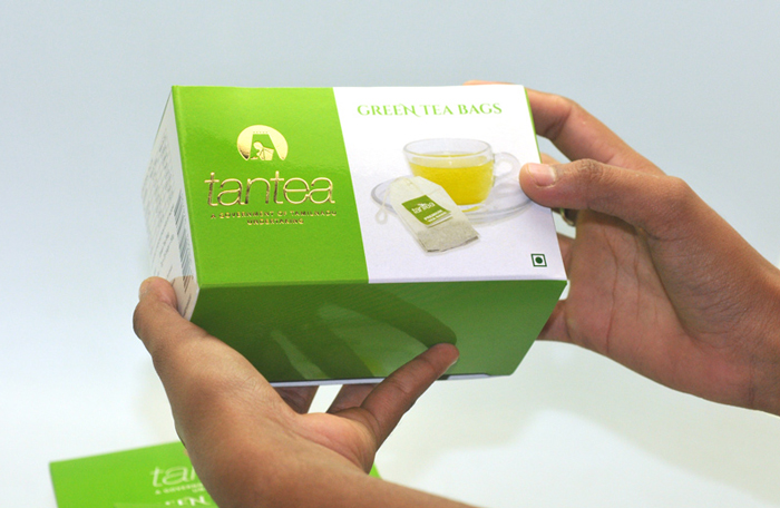 tan-tea-green-thumb