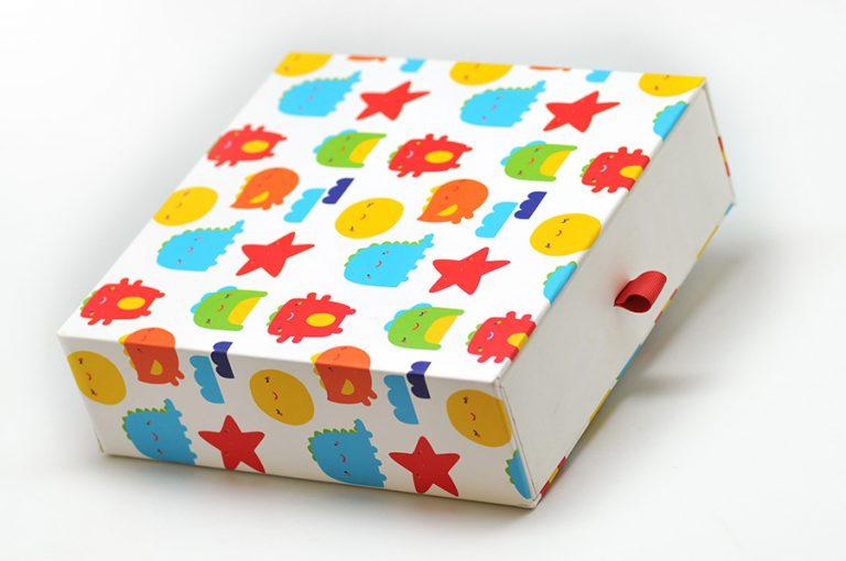 Kidswear-Rigid-Box2