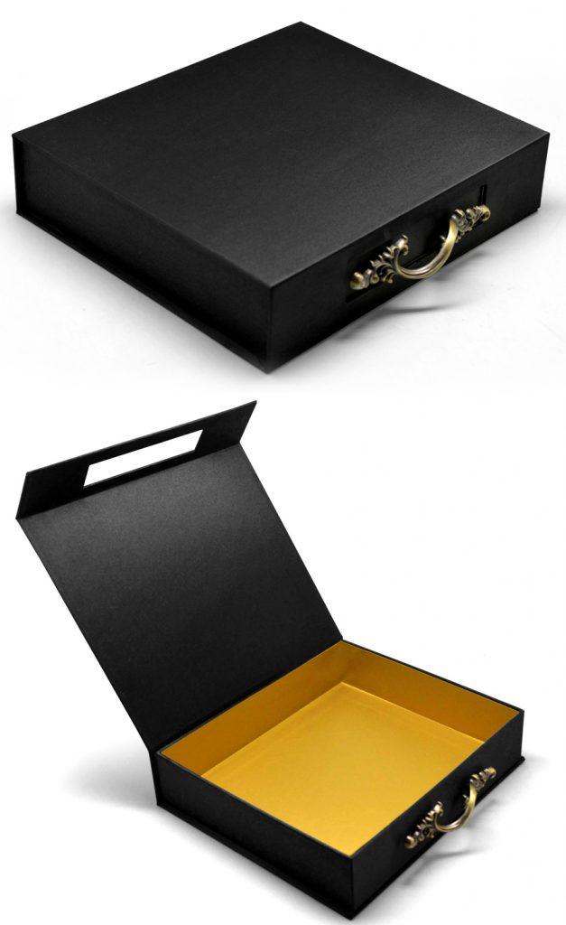 Luxury-Rigid-Box-with-Antique-Handle-TH1